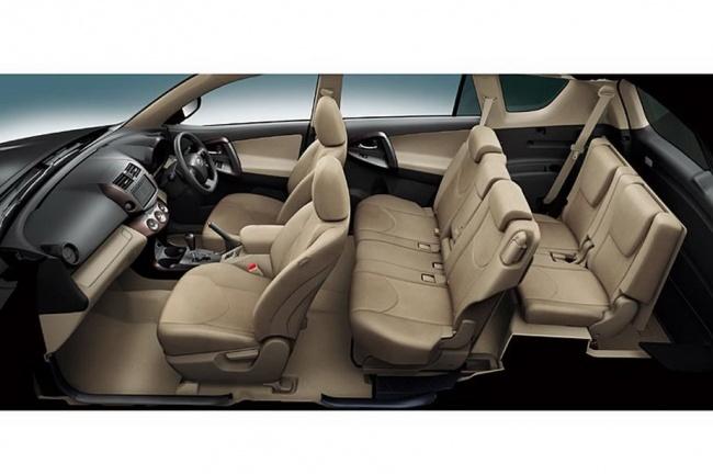 Интерьер Toyota Vanguard 2011