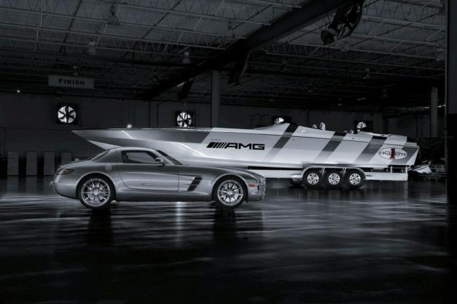 Катер 46' Rider и Mercedes SLS AMG