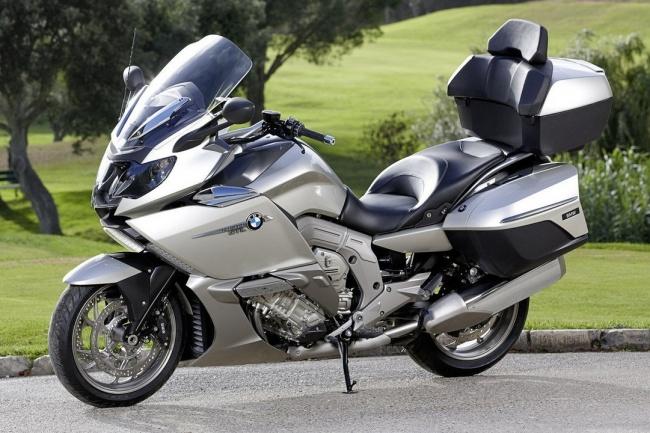 BMW показала в Милане два новых круизера K 1600 GT и K 1600 GTL