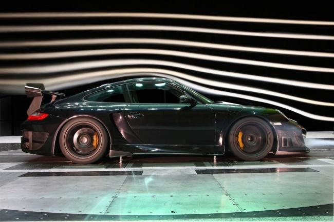 Techart GT Street RS Porsche 911 GT2 в аэродинамической трубе