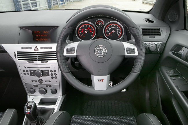 Vauxhall Astra VXR Arctic салон