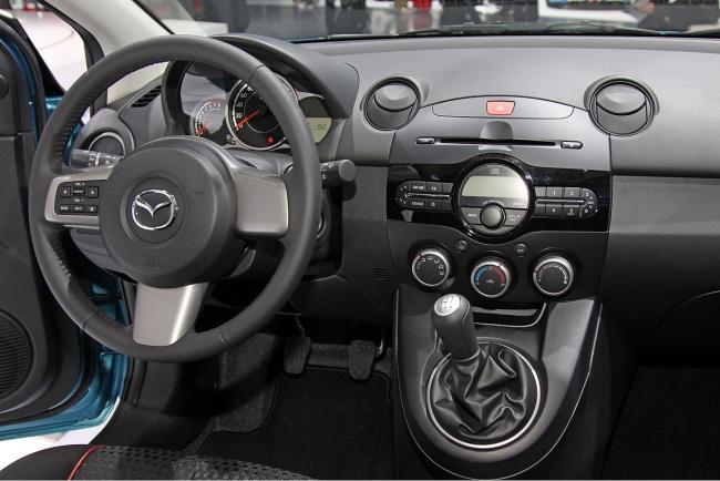 Стартуют продажи новой Mazda2 в России