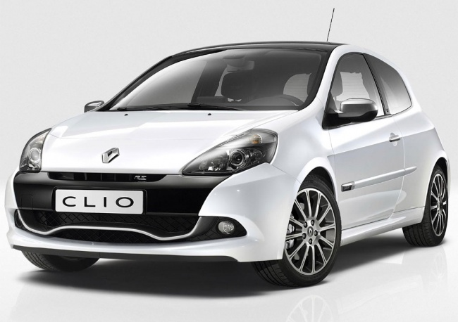 Продажи Renault Clio RS в России начнутся в конце лета