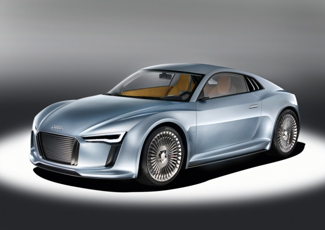 audi e-tron detroit car