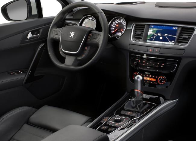 Объявлены цены и комплектации Peugeot 508