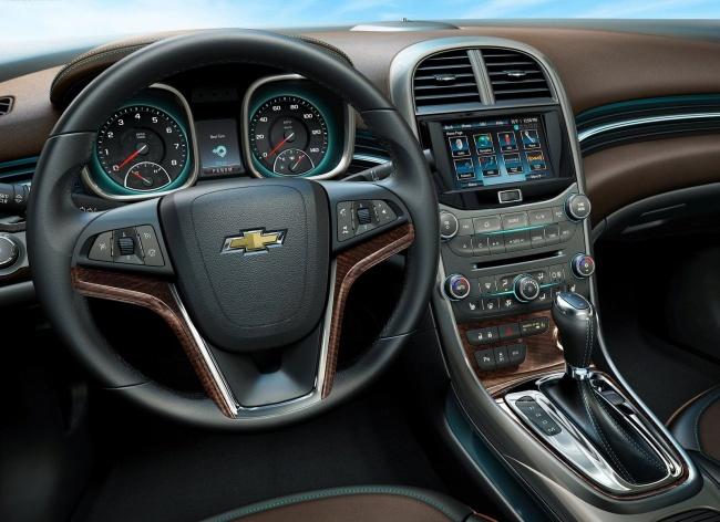 Компания Chevrolet официально представила глобальный седан Malibu
