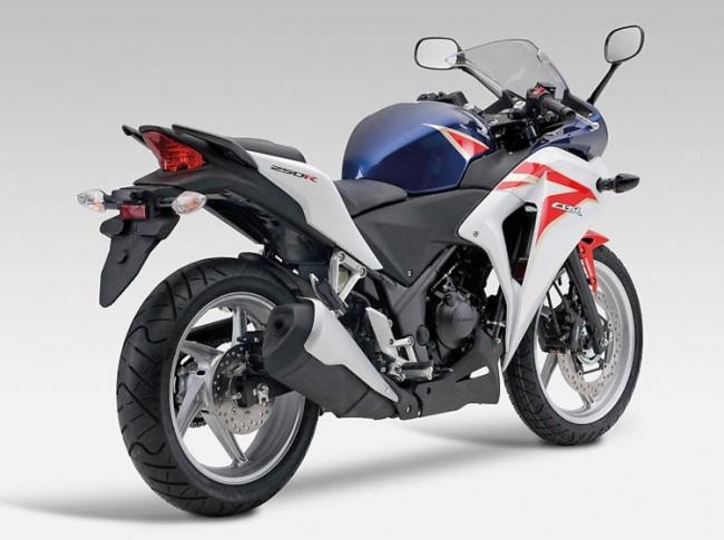 Мировая премьера Honda CBR250 состоялась в Милане
