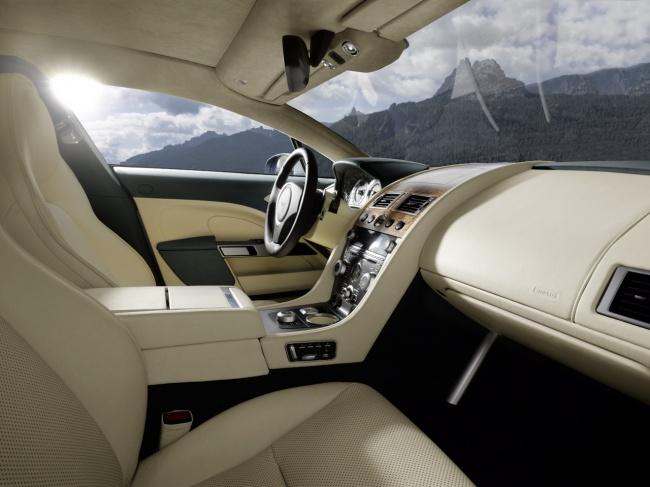 Aston Martin Rapide салон