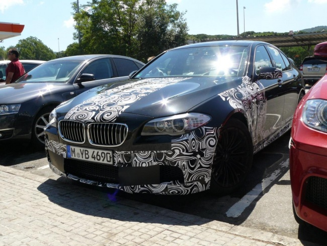 BMW M5 F10 spy photo, Barcelona