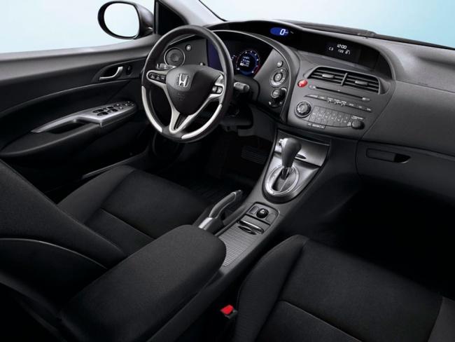 Продажи рестайлинговой Honda Civic R-Series стартуют в феврале