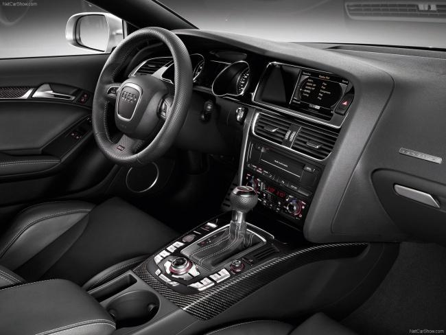 Объявлены российские цены на Audi RS5