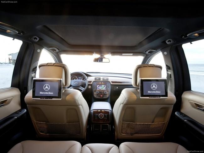 Второй ряд сидений Mercedes-Benz R-Class