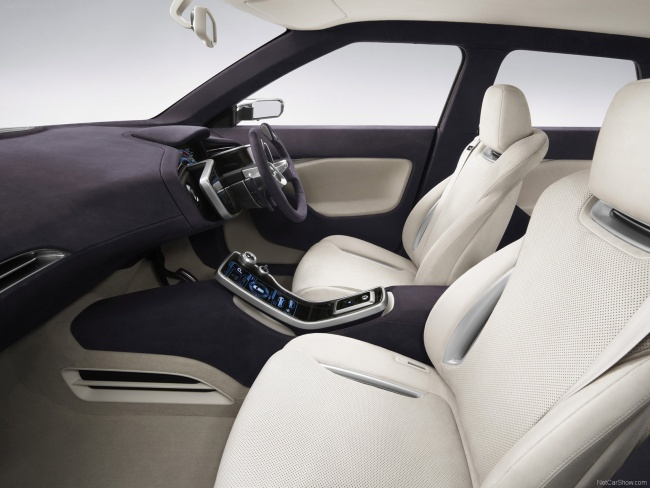 Передний ряд сидений Mitsubishi Concept PX-MiEV