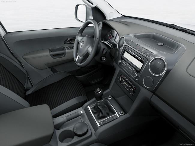 Приборная панель Volkswagen Amarok