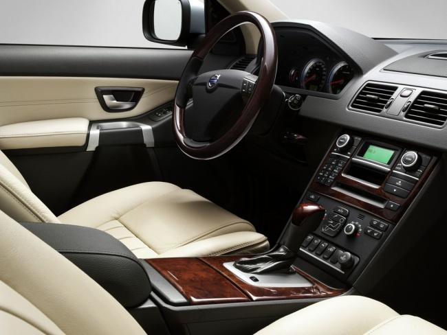 Приборная панель Volvo XC90 Executive