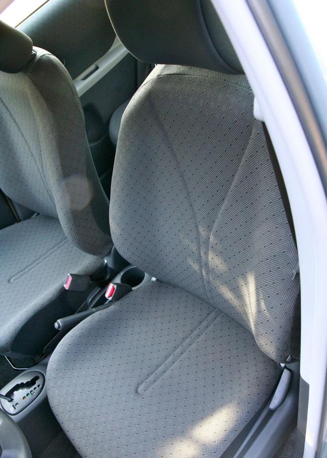 yaris Front Seat